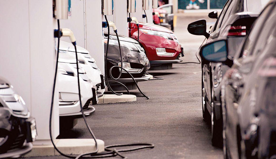 Elektrikli Araç Şarj İstasyonlarının Bileşenleri Nelerdir?